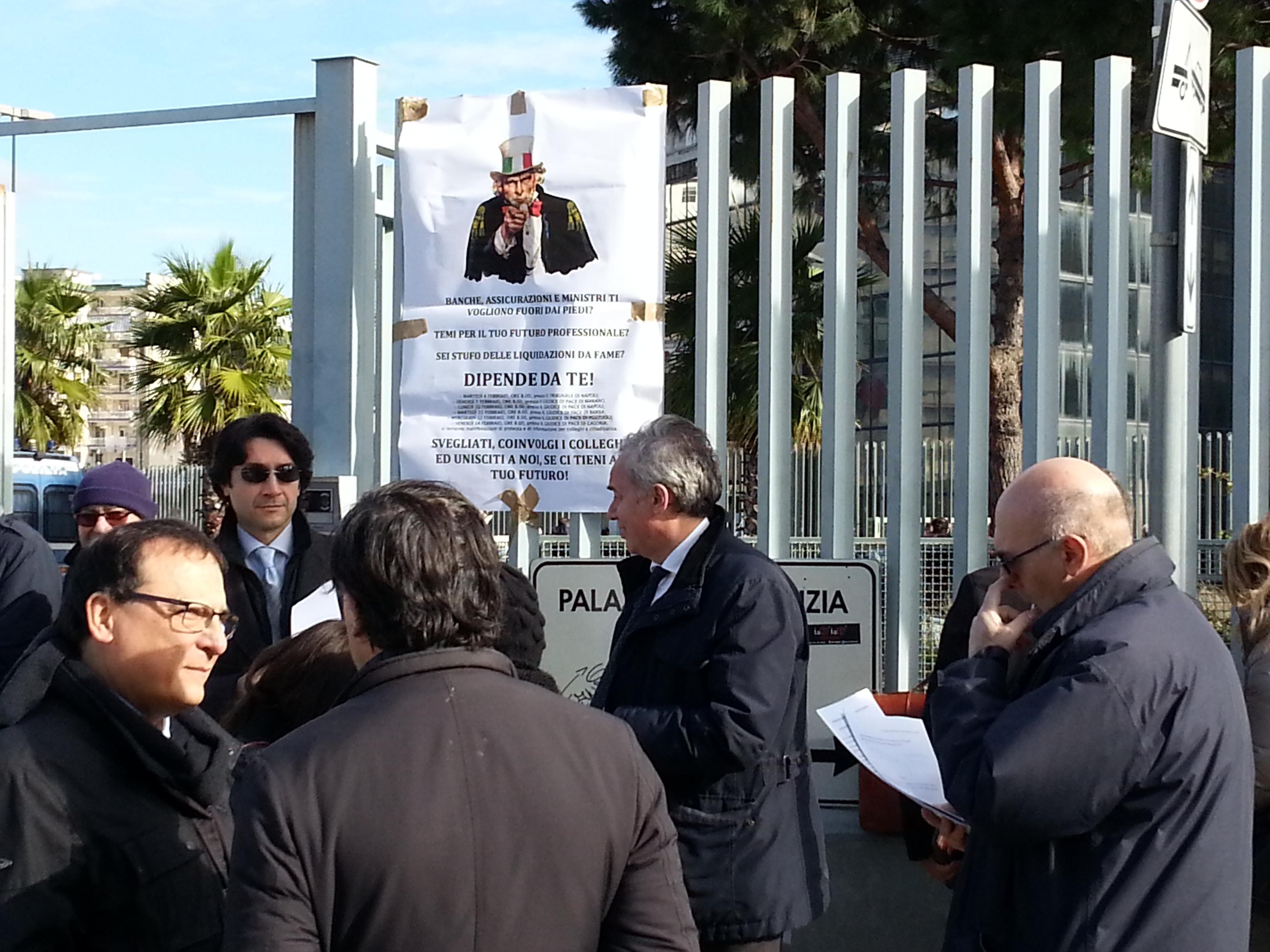 protesta avvocati napoli