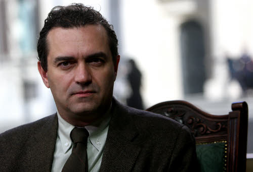 Il parlamentare europeo dell'Idv, Luigi de Magistris, ospite della trasmissione di Sky Tg24 'Un caff con'