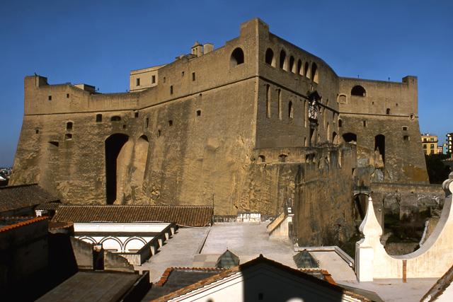 Castel-Sant'Elmo-2