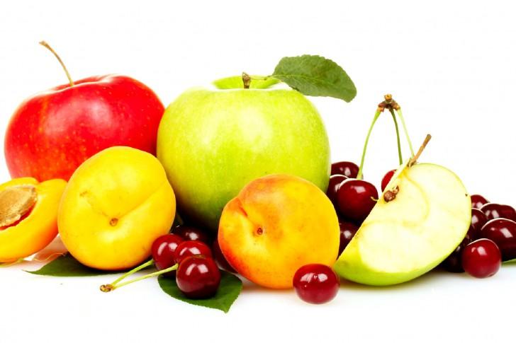 Frutta-pesche-mele-ciliegia-485x728