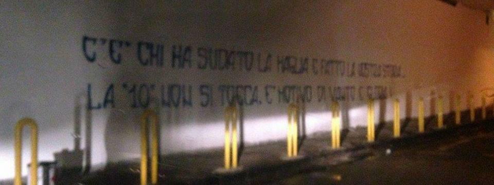 scritta vandalica ponte via cilea
