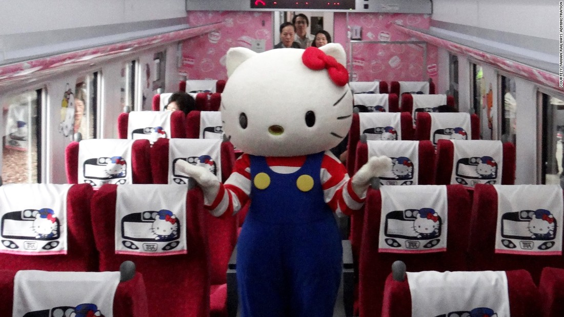 160321165743-05-taiwan-hello-kitty-train-super-169