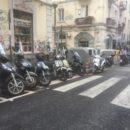 Via Solimena e il parcheggio ambiguo