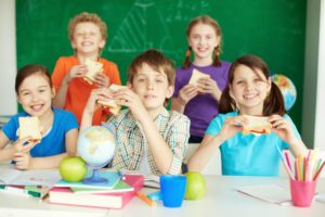 bambini_scuola_pranzo_panini_mensa-id22581