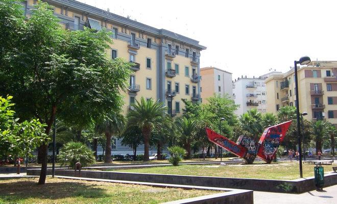 1280px-Piazza_Quattro_Giornate_-_Vomero_100_0379