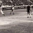 Chinaglia in gol al Collana da archivio pag FB Internapoli storia e leggenda - Chrystian Calvelli