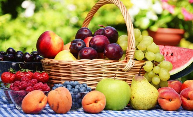 Evviva-la-frutta-dellestate-Regala-un-pieno-di-benessere-tutto-naturale